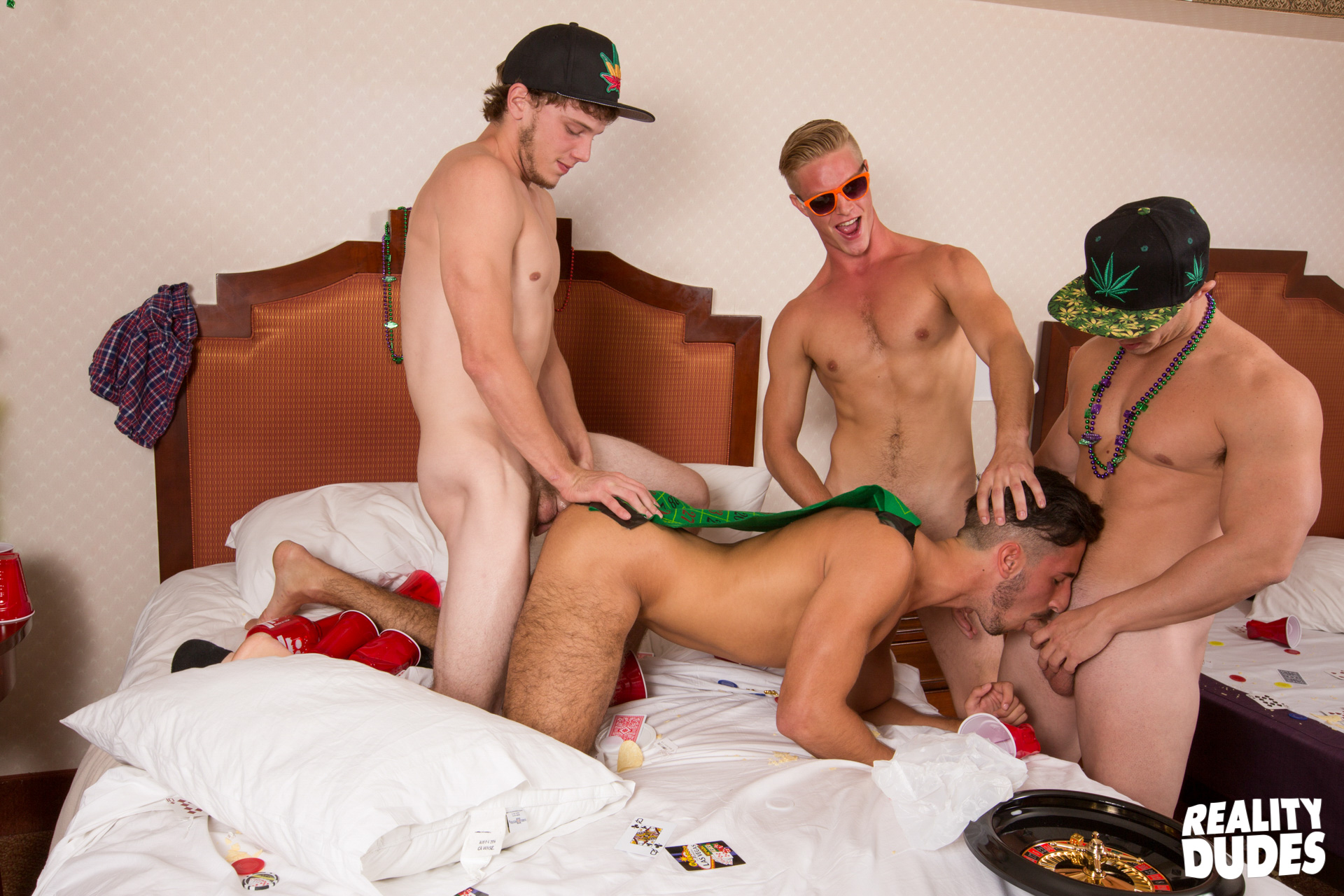 Dick Dorm Gay Porn